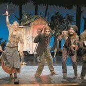 Märchen helfen doch: Das Vorarlberger Landestheater beweist es ab Sonntag mit den Verzauberten Brüdern