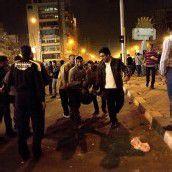 Kairo: Straßenschlachten mit Toten zwischen Islamisten und liberalen Demonstranten