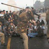 Massive Proteste nach der Vergewaltigung einer indischen Studentin