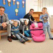 Kindersitze für SOS-Kinderdörfer