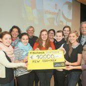 Scheckübergabe: 10.000 Euro für Äthiopienprojekt Dilla