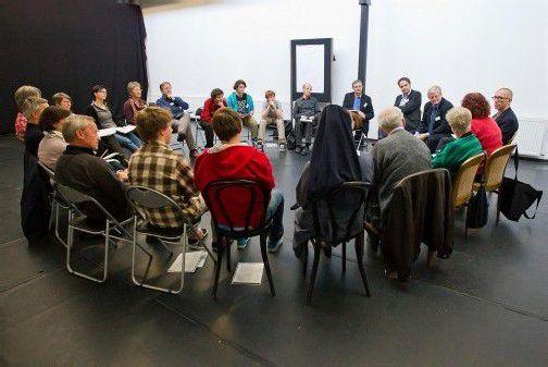 """Auch Gymnasiasten nehmen jedes Jahr am Ethikforum teil, das sich heuer am 8. März im Dornbirner Kulturhaus mit dem Thema """"Fair leben in Vorarlberg"""" beschäftigt. Foto: VN/Steurer"""