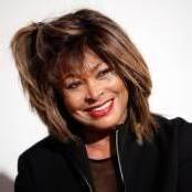 Tina Turner will Schweizer Pass