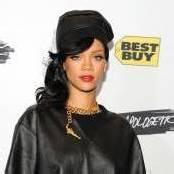 Rihanna zeigt sich großzügig