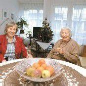 Mutter und Tochter als WG im Seniorenheim