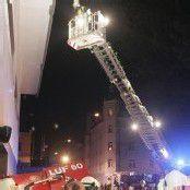 Brand in Tiefgarage: Wohnhaus evakuiert