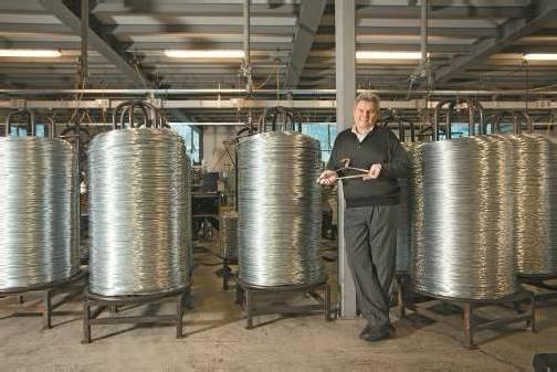Hans Metzler am Produktionsstandort in Bersbuch, der ab frühestens 2015 um rund 9 Millionen Euro erweitert werden soll. Neben Bersbuch betreibt Mevo in Vorarlberg noch Werke am Stammsitz Schwarzenberg und Schnepfau.