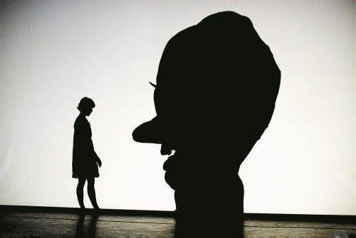 In die Welt fantasievoll und perfekt dargestellter Schattenfiguren eintauchen und eine atemberaubende Show erleben. Foto: showfactory