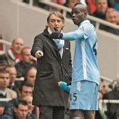 Handgemenge von Balotelli mit Coach Mancini