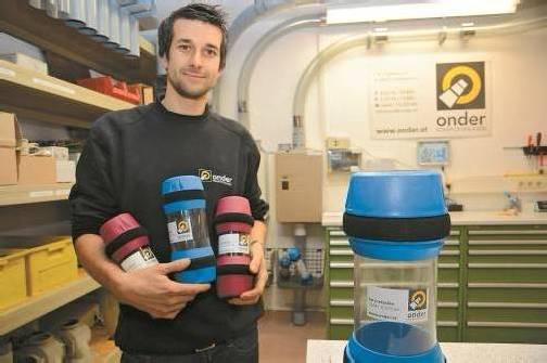 Marcel Onder glaubt fest an die Zukunft von Rohrpostanlagen. Foto: VN/Gasser