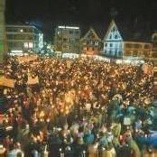 Hunderttausende waren bei Lichterkette dabei