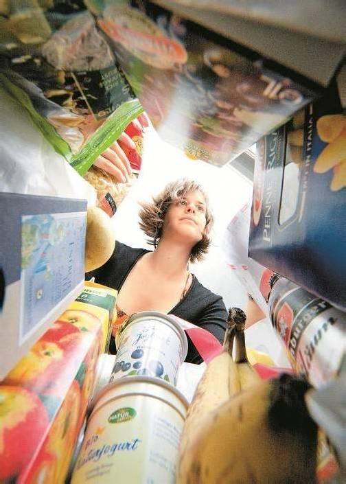 Menschen mit Orthorexi wählen ihre Nahrungsmittel übertrieben sorgfältig aus. Foto: shourot