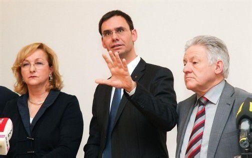 LH Wallner und sein Amtskollege aus Oberösterreich, Josef Pühringer (r.), sind offen für eine Steuerautonomie.  FOTO: APA