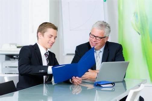 Mitarbeiter, die von ihrem Chef respektvoll behandelt werden sind wesentlich motivierter. Foto: fotolia
