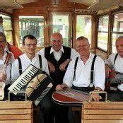 Kleaborar Bahnteifl feiern Auftakt in Buch
