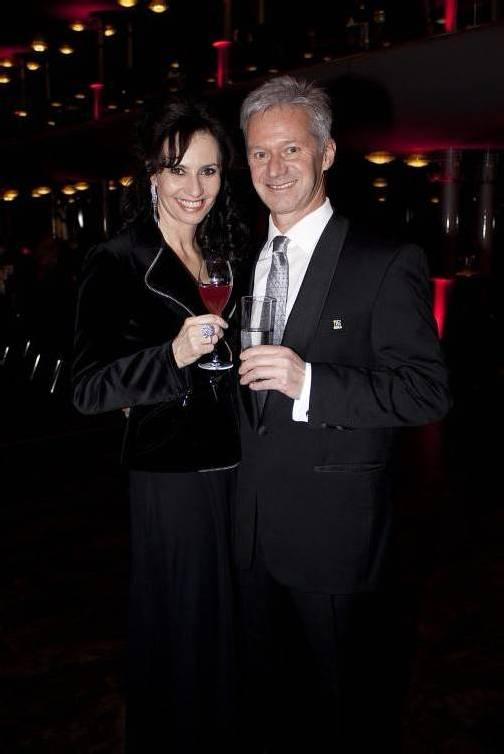 Partylaune: Andrew Nussbaumer mit Annette.