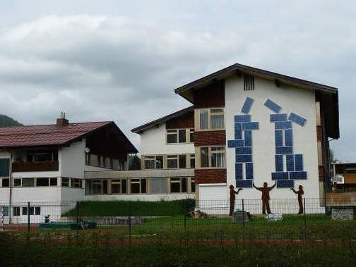 Schule in Riezlern: 500.000 Euro für erste Planungsschritte. Foto: gra