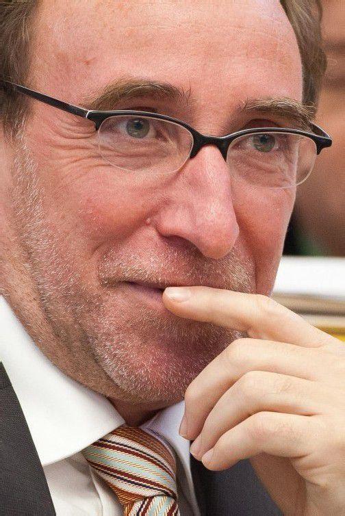 Im Zentrum schwarz-blauer Kritik: Grünen-Chef Rauch. Foto: VN