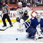 Vanek ist NHL-Topscorer