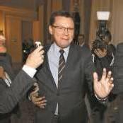 Parteisekretär Darabos will trotz allem die Wehrpflicht reformieren