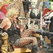 Kesha liebt sowohl Männer als auch Frauen
