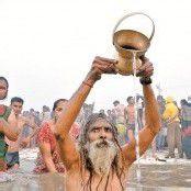 Rituelles Bad der Hindus im Ganges