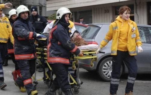 Beim Selbstmordanschlag starben gestern zwei Menschen. Foto: AP