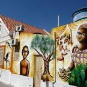 Afrikanisch angehauchte Kultur und Freundlichkeit