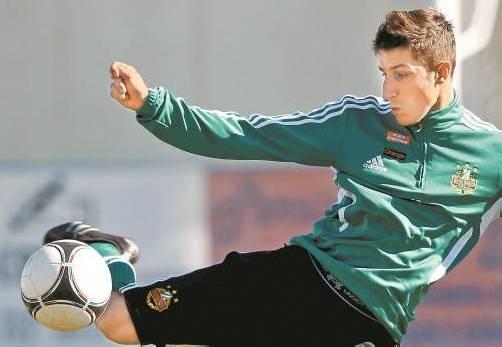 Boris Prokopic wird in den nächsten eineinhalb Jahren das Trikot des SCR Altach tragen. Der 24-jährige offensive Mittelfeldspieler kommt von Rapid Wien. Foto: gepa