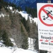 Verirrte Snowboarder aus Tobel gerettet
