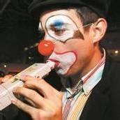 Clown am Steuer: Polizei nimmt Narren ins Visier