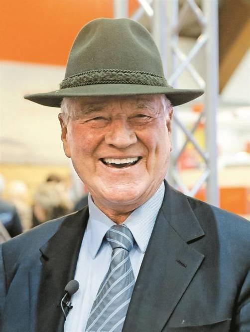 Frank Stronach auf Wahlkampftour in Kärnten. Foto: APA