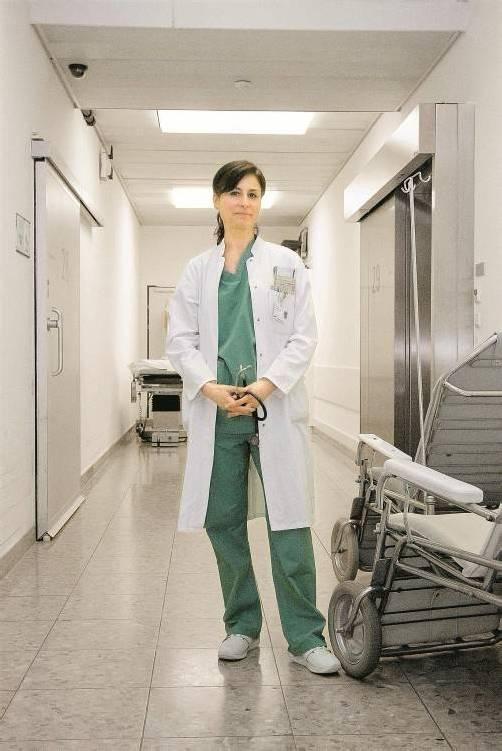 Für Dr. Yildiz Yildiz ist das Landeskrankenhaus Bregenz wie ein zweites Zuhause. Foto: VN/Paulitsch
