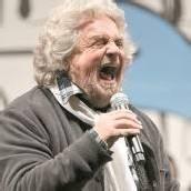 Beppe Grillo bietet Parteien die Stirn