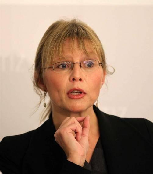 Justizministerin Karl will bis 2014 ein neues Strafrecht. Foto: VN