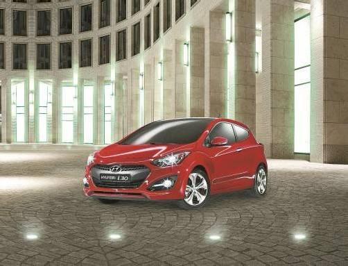 Mit der dreitürigen Version des i30 ist Hyundais erfolgreiche Kompakt-Familie nun vollständig. Fotos: werk