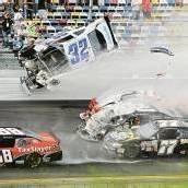 Unfall in Daytona mit 28 Verletzten