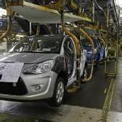 PSA Peugeot Citroën mit historischem Verlust