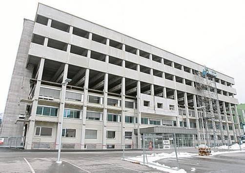 Soll 2014 bezugsfertig sein: ein Bürogebäude bei Liebherr mit einer Gesamtnutzfläche von 9000 Quadratmetern für 600 Mitarbeiter. Foto: VN/Hofmeister