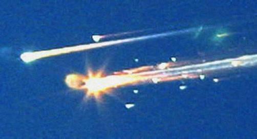 """Teile der """"Columbia"""" finden sich später in einem Radius von 200 Kilometern. Foto: dapd"""