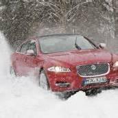 Jaguar jetzt auch auf allen vieren