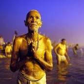 Massenpanik beim Hindu-Fest am Ganges