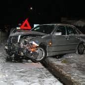 Fahrer bei Schleuderunfall verletzt