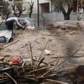 Schwere Überflutungen in Athen