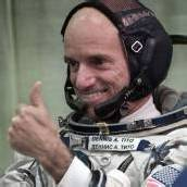 Weltraumtourist plant Marsmission für Paar