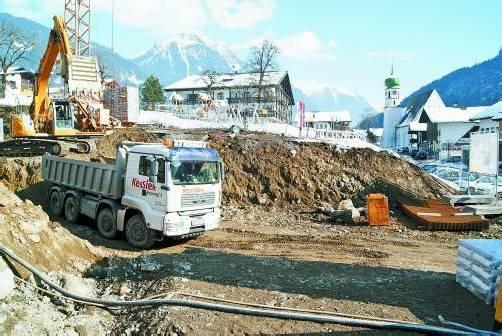 Die Bauarbeiten in St. Gallenkirch sind bereits in vollem Gang. Foto: H. reimann