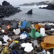 Erstickt an Plastikmüll