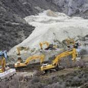 Erdrutsch verschüttet 83 Arbeiter in Tibet