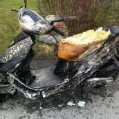 Moped beim Tanken abgefackelt