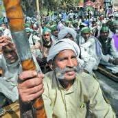 Bauern fordern in Neu-Delhi mehr finanzielle Unterstützung ein